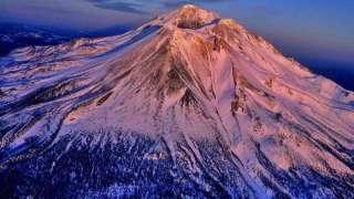 Появление НЛО над горой в Калифорнии ошарашило общественность, есть видео