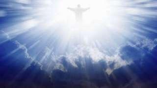 Шокирующее фото с «образом Иисуса Христа» в небе появилось в сети