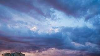 В сети появилось видео с коллекцией страшных звуков с неба в Словакии