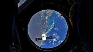 Американский космический грузовик Dragon вернется на Землю с МКС 3 июня