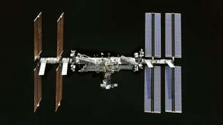 NASA с 2020 года планирует доставлять туристов на МКС при помощи американских космических кораблей