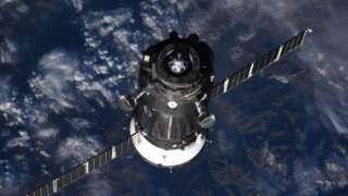 Роскосмос не подтвердил информацию о проблеме, возникшей во время посадки «Союза»