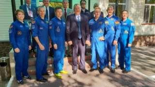 Рогозин: Вернувшийся с МКС на Землю экипаж выполнил свою задачу полностью