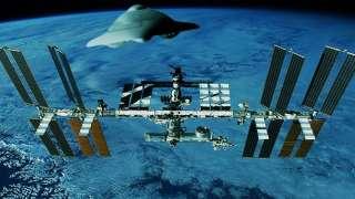 Пришельцы не дают покоя МКС: Новое появление НЛО рядом со станцией, попавшее на видео, шокировало мир