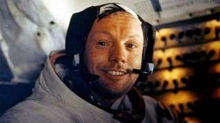 В России и США установят памятник астронавту Нилу Армстронгу
