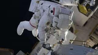 Стала известна точная дата следующего выхода в открытый космос американских астронавтов
