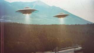 Аризона в шоке: Два НЛО над Большим каньоном попали на видео