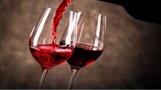 Ученые: Красное вино поможет людям долететь до Марса