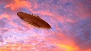 Боб Лазар объяснил природу НЛО, попавшего на видео в Кембридже и удивившего сеть