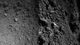 В Сети появились новые фотоснимки поверхности астероида Рюгу