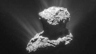 Уфолог нашёл два НЛО на комете и удивил общественность соответствующими снимками
