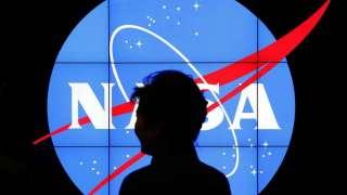 Американского астронавта Энн Макклейн обвиняют в первом в истории преступлении, совершенном из космоса