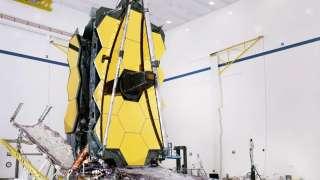 Космический телескоп нового поколения James Webb собран