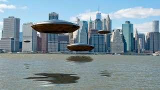 Над американским городом зависли НЛО, интересное видео