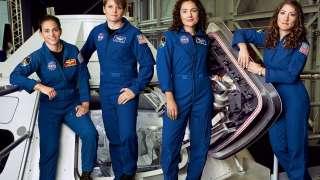 Этой осенью может состояться первый в истории выход в открытый космос сразу двух женщин