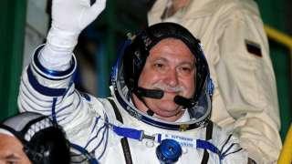 Самого опытного российского космонавта списали по здоровью