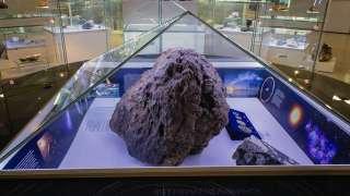 Челябинский метеорит приподнял защитный купол