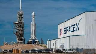 SpaceX сдает в аренду бюджетные места для спутников на своих ракетах