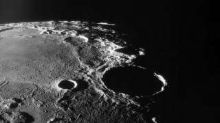 Индийская миссия Чандраян 2 заглянет в темные лунные кратеры