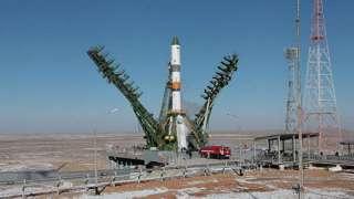 «Союз-2.1а» вывезли и успешно установили на стартовую площадку