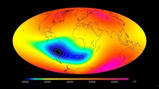 Аномалия в магнитном поле Земли может не защитить спутники от космической радиации