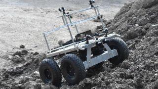 MoonRanger будет искать воду в окрестностях южного полюса Луны
