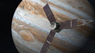 Миссию зонда Juno расширили до изучения Ганимеды, Европы и Ио