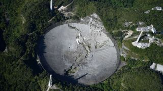 Радиотелескоп Аресибо обрушился
