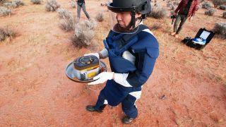 Капсула с образцами грунта с астероида Рюгу найдена в идеальном состоянии