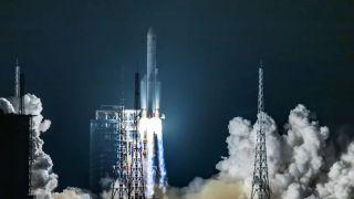 Новая китайская ракета-носитель Chang Zheng-8 совершила свой первый полёт