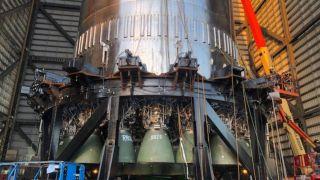 SpaceX показала ускоритель Super Heavy прототипа Starship SN20